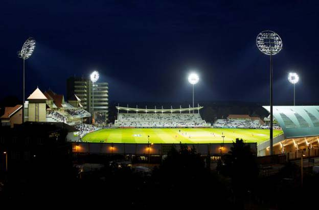 Системы освещения спортивных площадок